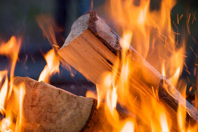 Il fuoco prodotto dalla legna