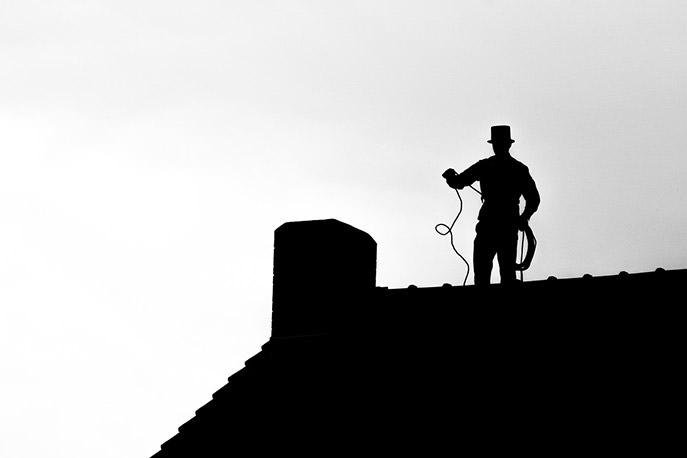 Tiraggio camino: pulizia canna fumaria è indispensabile per un coretto tiraggio della canna fumaria