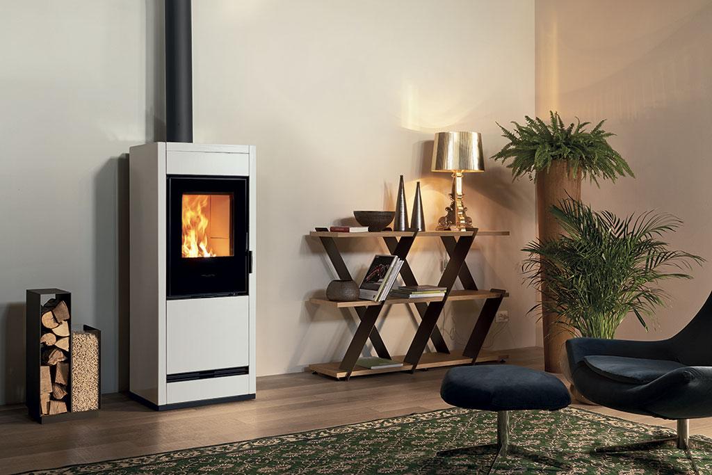 stufa-ibrida-E228-A-Piazzetta-pellet-legna-riscaldamento-biomassa